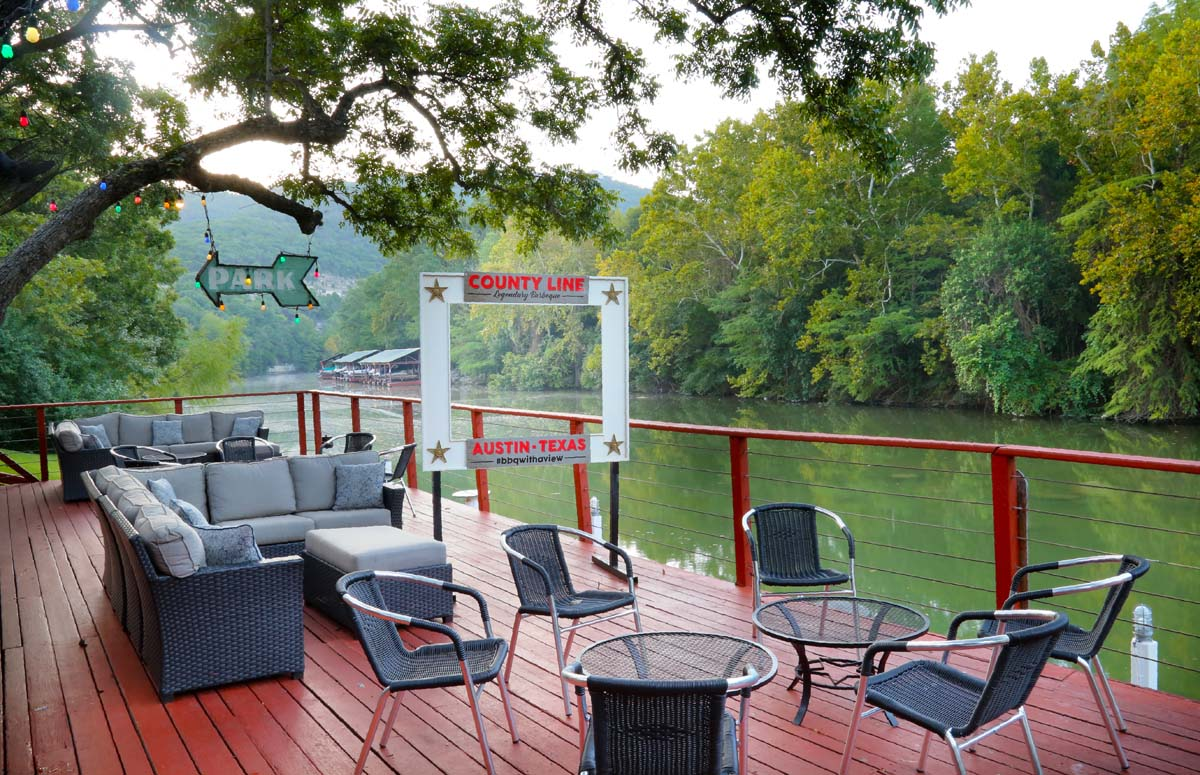 Austin Barbecue The County Line On The Lake
